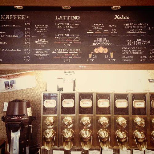 cafe-plaisir-display